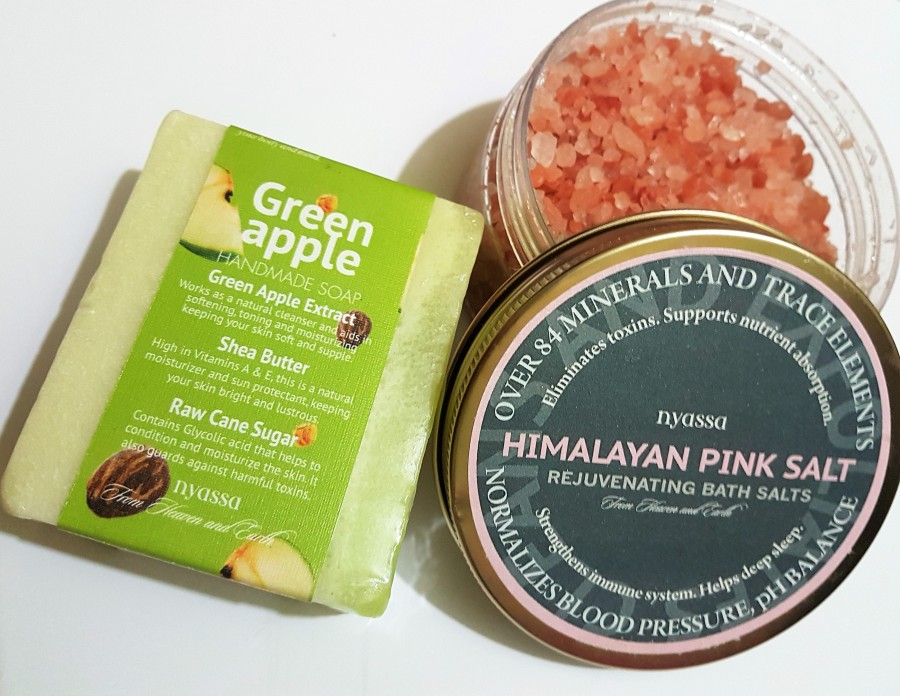 Product Review: Nyassa Himalayan Pink Salt Rejuvenating Bath Salts and Green Apple Handmade Soap