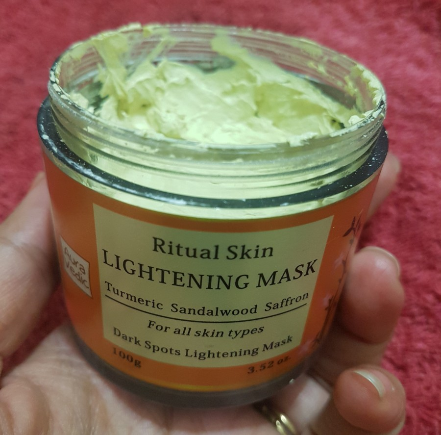 Product Review: Aura Vedic Ritual Skin Lightening Mask