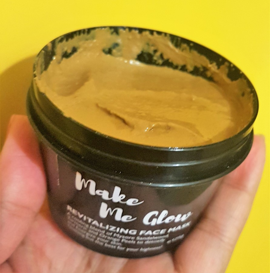 Product Review: Ryaal Make Me Glow Revitalizing Face Mask