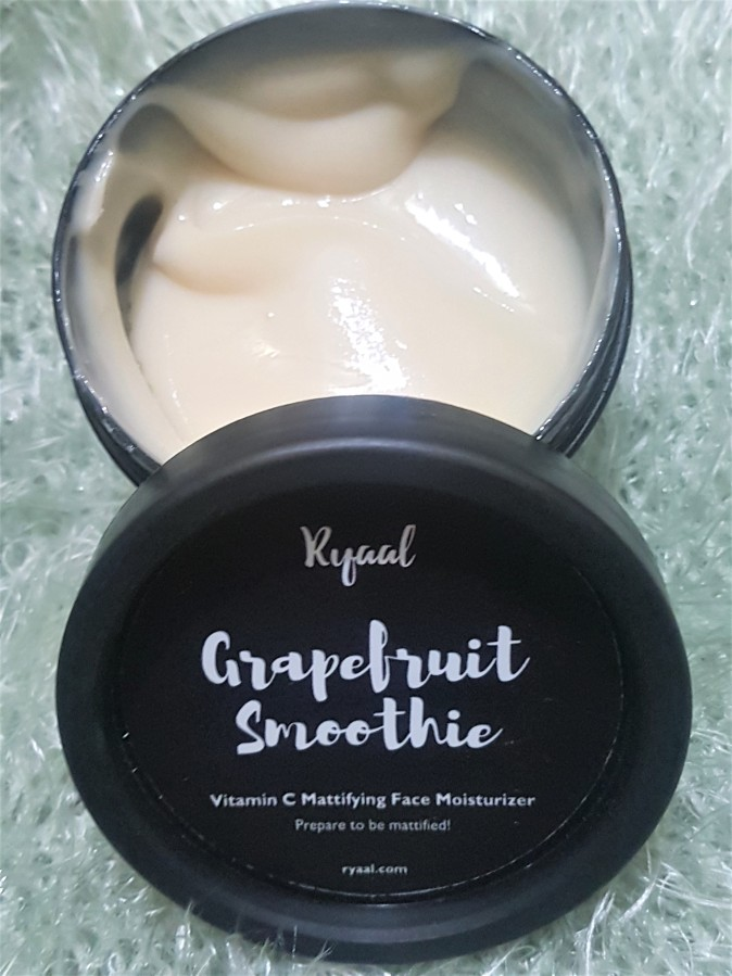 Product Review: Ryaal Grapefruit Smoothie